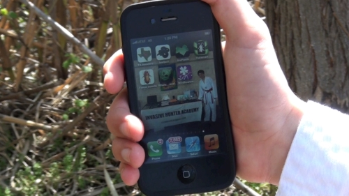 Invasive species apps on the iPhone